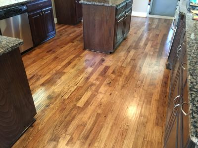 DFW Custom Wood Floors - Hickory Handscraped with grain